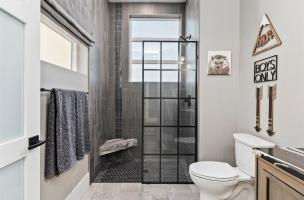 046-Bathroom