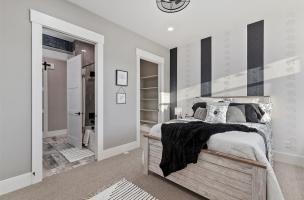 054-Bedroom