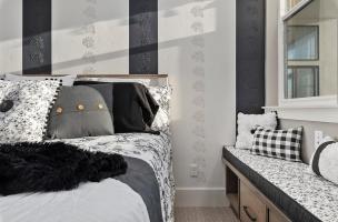 056-Bedroom