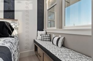 057-Bedroom